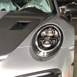 GT2RS_silber_O_10-1030x686